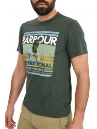 BARBOUR STEVE McQUEEN T-SHIRT RACER/ACTOR ΦΛΑΜΜΑ ΧΑΚΙ